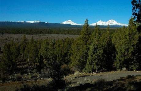 bend acreage sisters view