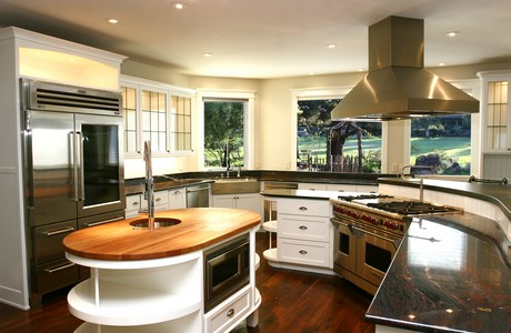 beautiful-kitchen-in-redmond-home-for-sale