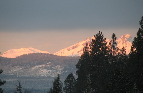 Alpenglow on Broken Top