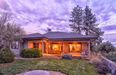 Single level home in Bend Oregon--www.bestbendhomes.com