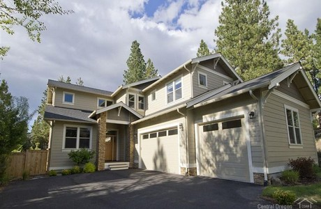 Valhalla Heights sold by Sandy and John Kohlmoos
