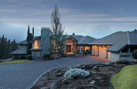 Million dollar views in Bend Oregon. . . sold by John and Sandy Kohlmoos