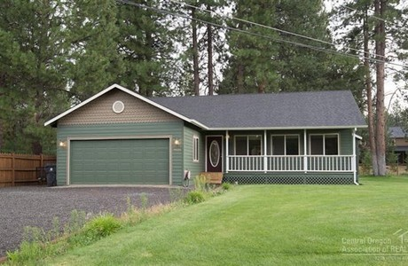 Neat as a pin in DRW in Bend . . . $278,500