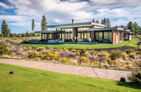 Listed and sold by Cascade Sotheby's in Bend Oregon