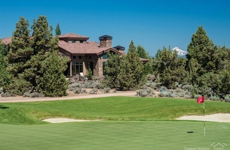 Frontage on the Nicklaus course at Pronghorn