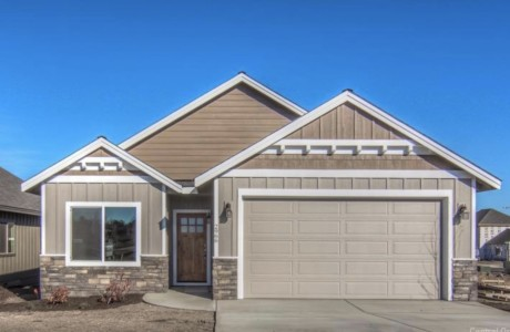 New construction in Mirada in Bend