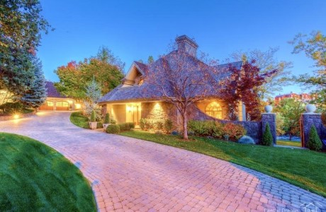Riverfront in Bend . . . $1,875,000